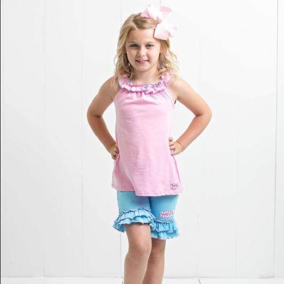 Ruffle Girl Other - Ruffle Girl Light Pink/Blue Ruffle Neck Short Set